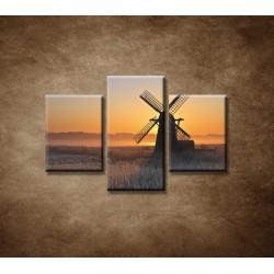 Obrazy na stenu - Mlyn v hmle  - 3dielny 90x60cm