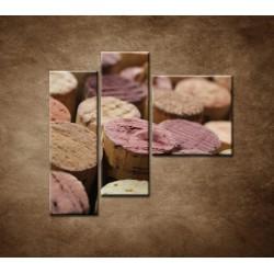 Obrazy na stenu - Korky od vína - 3dielny 110x90cm