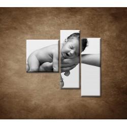Obrazy na stenu - Dieťatko - 3dielny 110x90cm