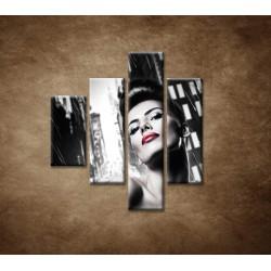 Obrazy na stenu - Sexi žena v meste - 4dielny 80x90cm