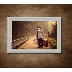 Obraz na stenu - Vintage - chlapec - bledý rám