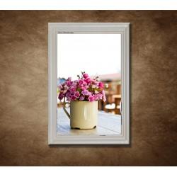 Obraz na stenu - Kvetina vo váze - bledý rám