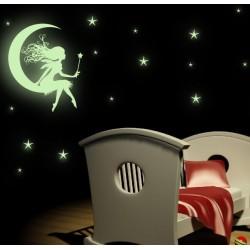 Nálepka na stenu - Svietiaca víla na mesiaci a hviezdy